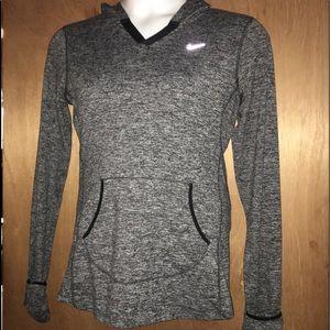 Nike Dri-Fit Running Pullover. Size Medium 🌹